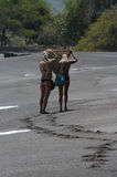 Девушки на пляже Стоковые Фото