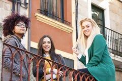 Девушки на улице Стоковая Фотография RF