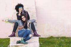 Девушки на улице Стоковое Фото