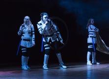 Девушки на этапе во время костюма фестиваля cosplay Стоковая Фотография RF