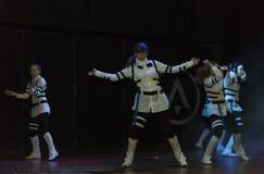 Девушки на этапе во время костюма фестиваля cosplay Стоковое Изображение RF