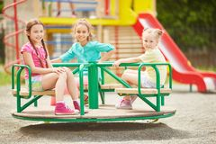 Девушки на carousel Стоковое фото RF