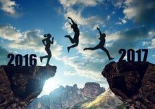 Девушки скачут к Новому Году 2017 Стоковое Изображение RF