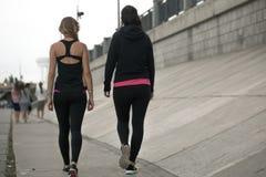 2 девушки спорт Стоковая Фотография RF