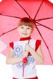 2 девушки стоят под зонтиками Стоковая Фотография RF