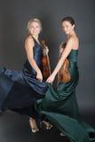 Девушки с скрипками Стоковое Фото