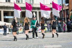 Девушки с флагами Стоковое Изображение