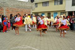Девушки танцуют на Ла Фиесте de Ла маме Negra Стоковое Изображение