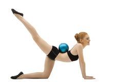 девушки ткани шарика тренировка черной гимнастическая Стоковые Фото