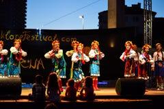 Девушки украинца танцев Стоковые Изображения