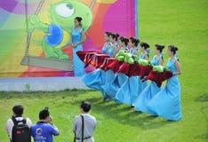 девушки церемонии вручения премии ритуальные Стоковые Фото