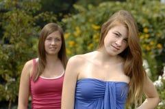 девушки outdoors подростковые Стоковое Изображение