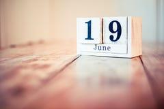 девятнадцатое -го июнь - 19-ое июня - международный день для исключения сексуального насилия в конфликте - Дне отца стоковое изображение rf