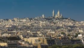 Девятый район Парижа и Basilique du Sacre Coeur стоковые изображения rf