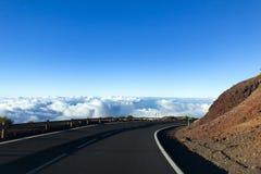 дезертированная дорога горы Стоковая Фотография