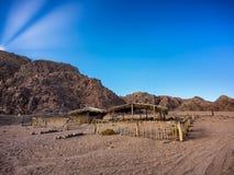 Дезертированные дома beduin в пустыне Синая Стоковые Изображения RF