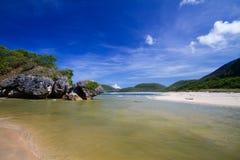 Дезертированный пляж Стоковое Фото