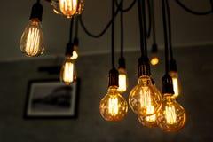 Декоративная античная электрическая лампочка Стоковые Фото