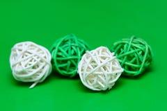 Декоративная деревянная плетеная сфера Стоковая Фотография