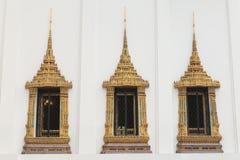 Тайские королевские окна залы трона Стоковая Фотография RF