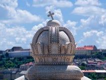 Декоративная крона на мосте Маргарета в Будапеште, Венгрии Стоковые Изображения