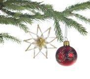 Декоративная тема с красной безделушкой рождества Стоковые Фото