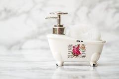 Декоративное керамическое мини блюдо мыла ванны ноги когтя с Sp ванны Стоковые Изображения
