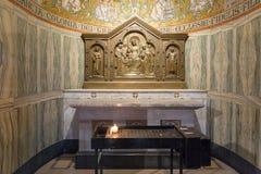Декоративно украсил алтар в аббатстве Dormition в старом городе Иерусалима, Израиля стоковые изображения rf