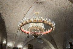 Декоративно украшенная люстра в греческой католической церкви в ilya ` Mi в Израиле стоковая фотография rf