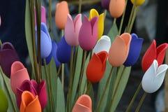 Декоративные деревянные тюльпаны стоковая фотография rf