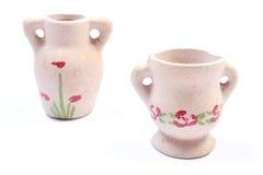 Декоративные керамические вазы изолированные на белой предпосылке Стоковое Фото