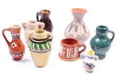 Декоративные керамические вазы изолированные на белой предпосылке Стоковые Изображения