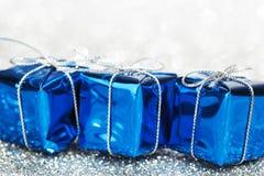 Декоративные праздничные подарки стоковое фото rf