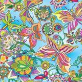 Декоративные цветки и бабочки летая против Стоковые Изображения RF