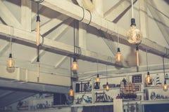 Декоративные электрические лампочки стоковая фотография rf
