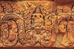 Декоративные carvings стены, висок Banteay Srey, зона Angkor, Siem Reap, Камбоджа Стоковые Фотографии RF