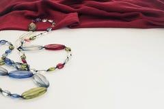 Декоративные pleats и шарики нежности ткани предпосылки стоковые фото