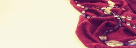 Декоративные pleats и шарики нежности ткани предпосылки стоковое изображение
