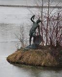 Декоративный остров в пруде в парке победы, Санкт-Петербурге, России, Европе Стоковое фото RF