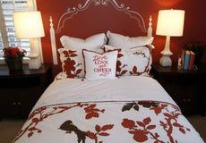 декор спальни стильный стоковые изображения rf