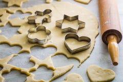 Делать вкусные milky печенья стоковое изображение rf