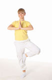 делать детенышей йоги женщины тренировки Стоковое Изображение RF