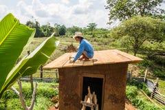 Делать крыши дома грязи Стоковые Изображения RF