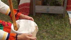 Делать сыр, продукция сыра сток-видео