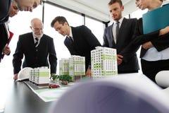 Деловая встреча архитекторов и инвесторов Стоковое Изображение