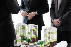 Деловая встреча архитекторов и инвесторов Стоковое Фото