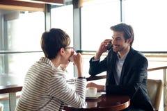 Деловая встреча, молодые бизнесмены стоковое изображение rf