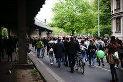 Демонстрация Берлин Kreuzberg 1-ое мая Стоковое фото RF