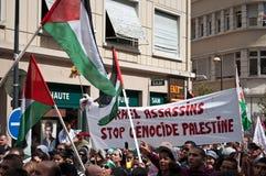 Демонстрация для мира между Израилем и Палестиной, против израильского взрыва в Газа стоковые фото