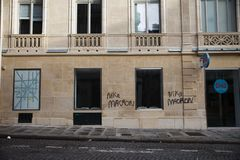 """Демонстрация """"Gilets Jaunes в Париже, Франции стоковая фотография"""